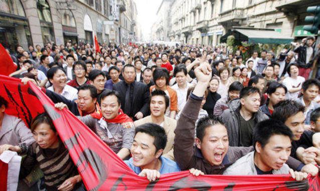 La-manifestazione-dei-cinesi-a-Milano_h_partb