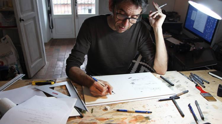 Gipi al lavoro nel suo studio (via Facebook)