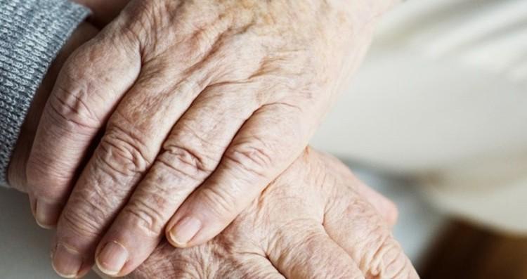 sostegno-per-anziani-fragili-e-disabiliecco-i-voucher-al-via-le-domande_90566c4a-1035-11e9-baaf-0d312fbb61e4_998_397_original