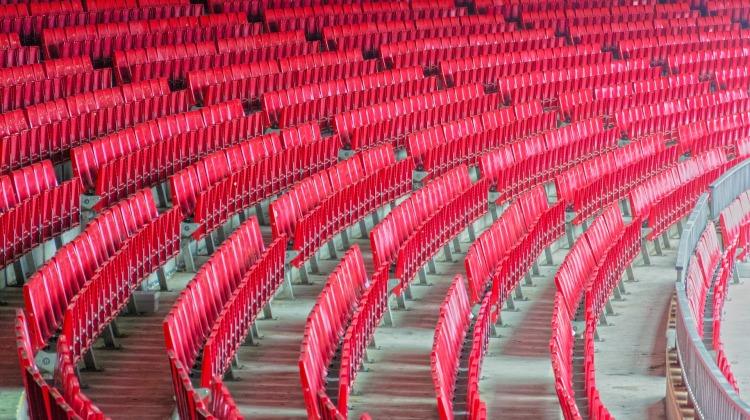 stadium-5196877_1920